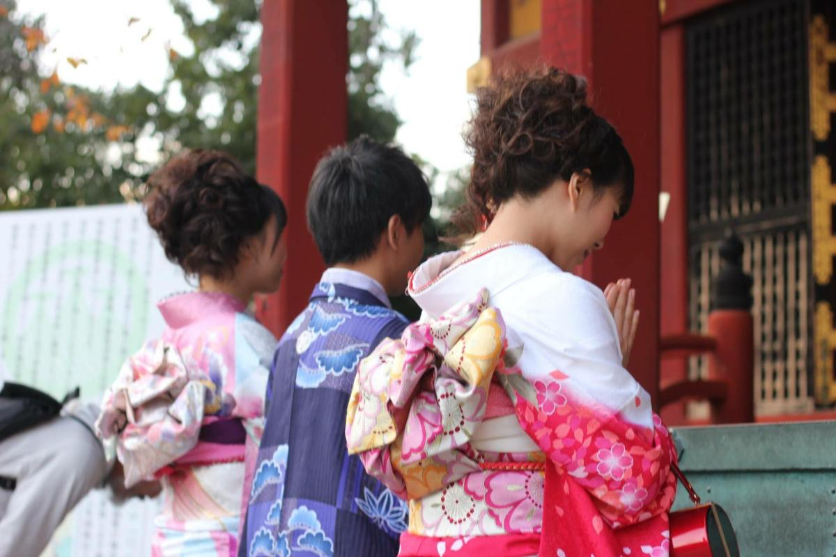 แต่งกิโมโนสวยๆ ชมใบไม้เปลี่ยนสีที่อาซากุสะ